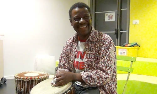 Patrice Effoudou au djembe
