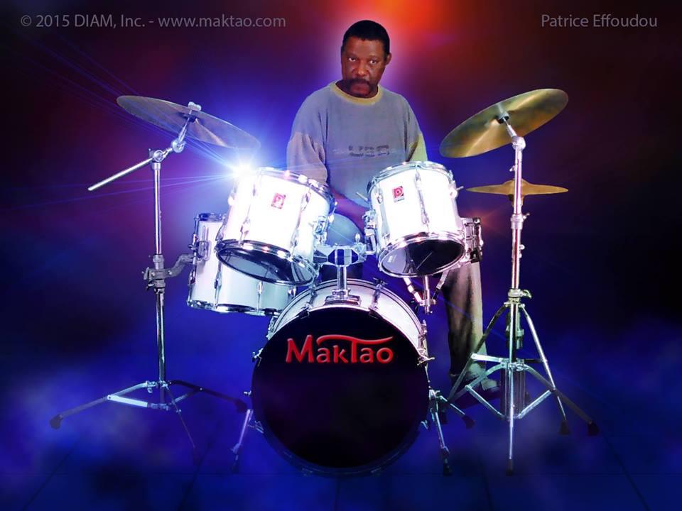 Patrice Effoudou à la batterie